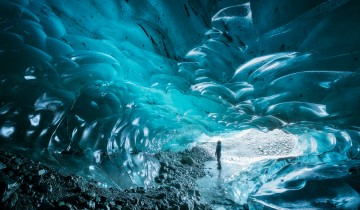 A picture of 3 Day Blue Ice Cave + Golden Circle + Northern Lights