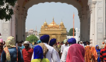 A picture of The Heritage Tour: Sikhism, Buddhism And The Colonial Capital