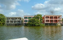 Lamanai Hotel & Marina