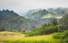 7-Day Laugavegur and Fimmvorduhals Trek in Huts