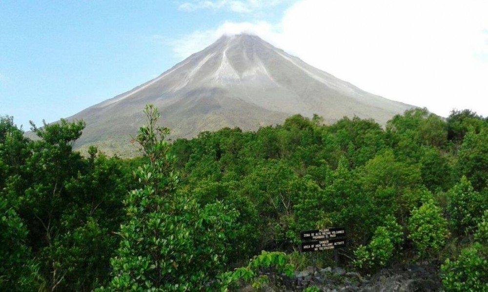 Arenal Volcano Tour Tabacon