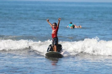 A picture of 14 Days Family Surf & Fun