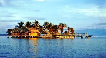 A picture of San Blas Islands & The Guna Indians