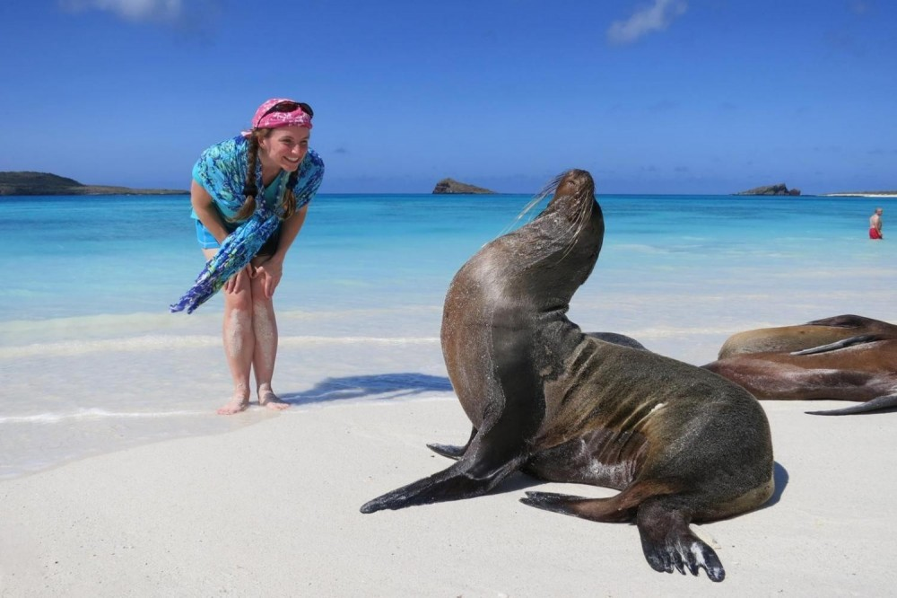 Live Galapagos - 3*** Hotel - 4 Days