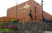San Salvador City & Museum Stop Over Tour