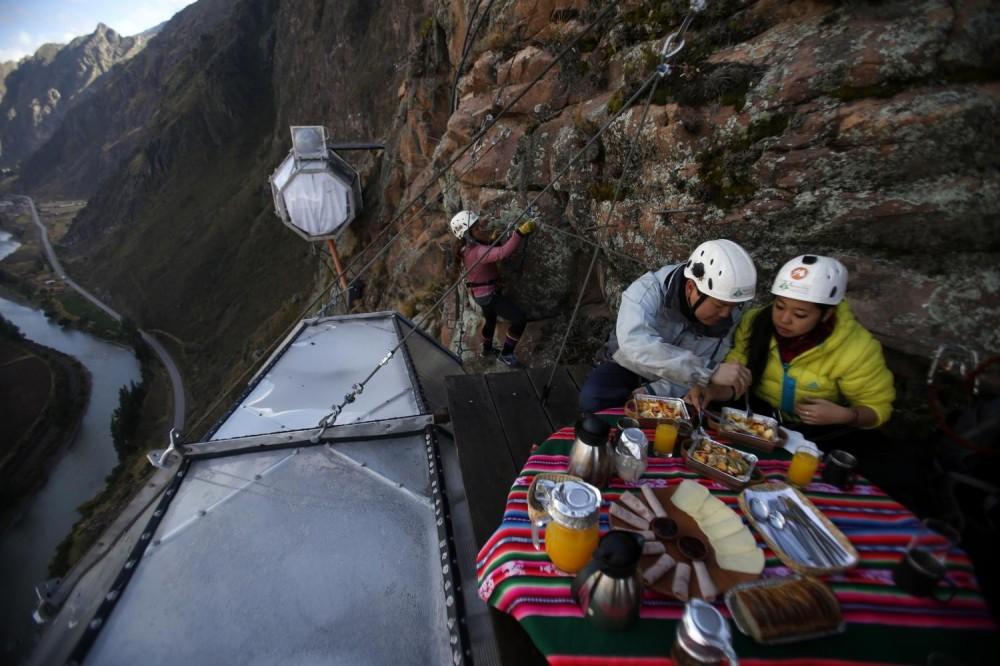 Skylodge Overnight Sacred Valley Adventure