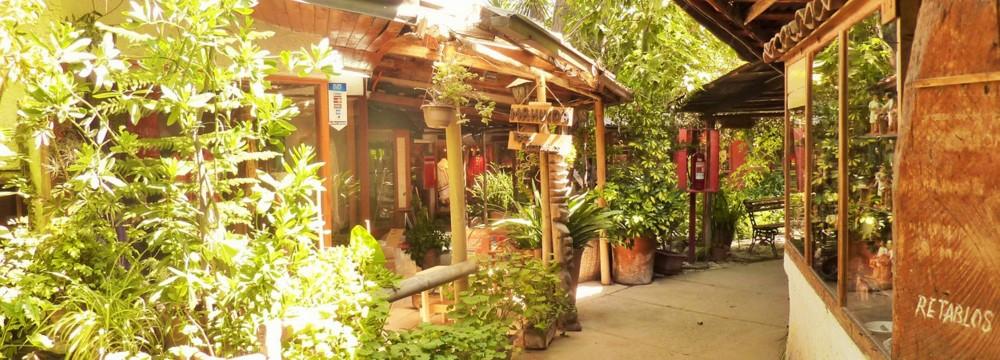 Artisan Village & Sculpture Park Tour