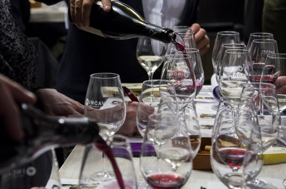 Private Spanish Wine Tasting With Meal In Barcelona
