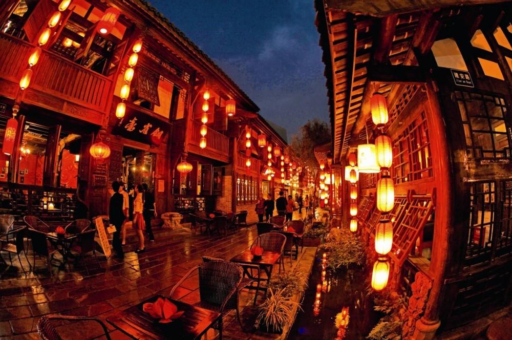 Experience Chengdu Nightlife