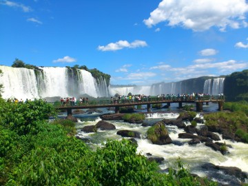 A picture of Iguazu Falls & Jesuitics Runis