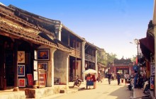 A Glance at Hoi An Ancient Town Tour from Chan May Port