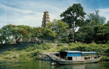 Hue - Ancient Capital From Tien Sa Port Tour