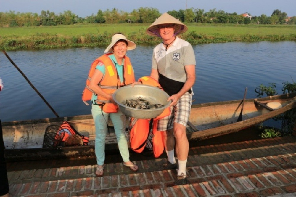 Experiencing The Local's Life At Thanh Toan