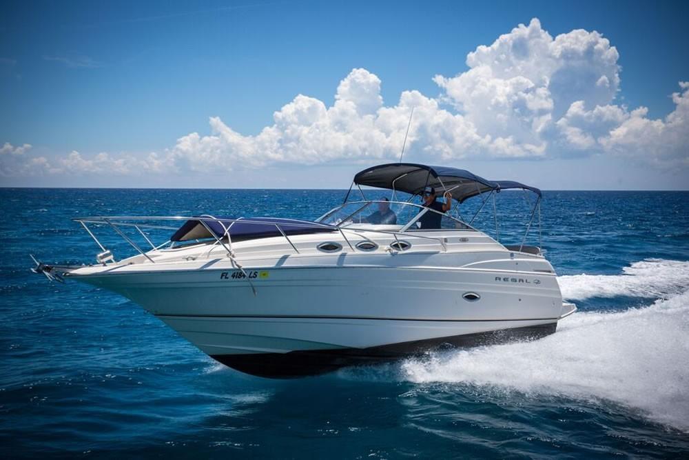 28' Regal Yacht Rental - In-Ha Snorkel
