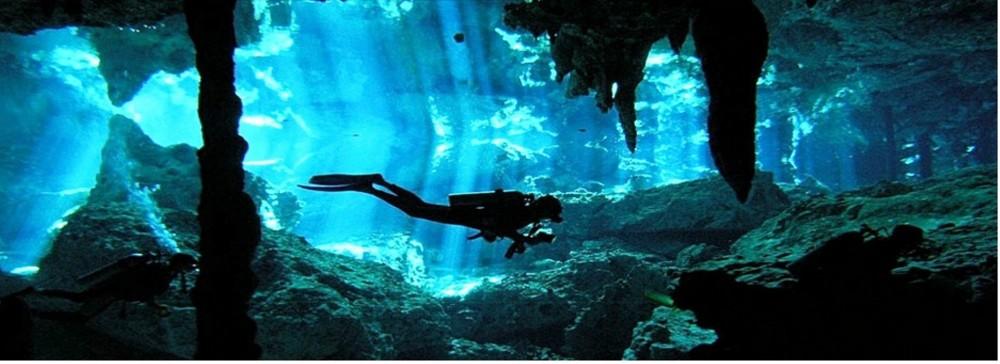 Cenote Dos Ojos (2 dives)