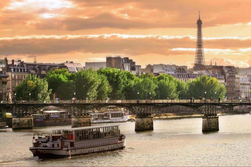Paris City Tour + Seine River Cruise