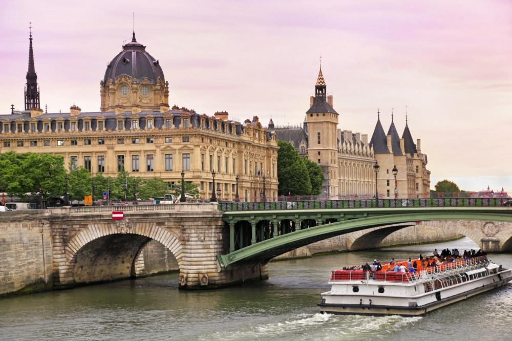 Paris City Tour + Seine River Cruise