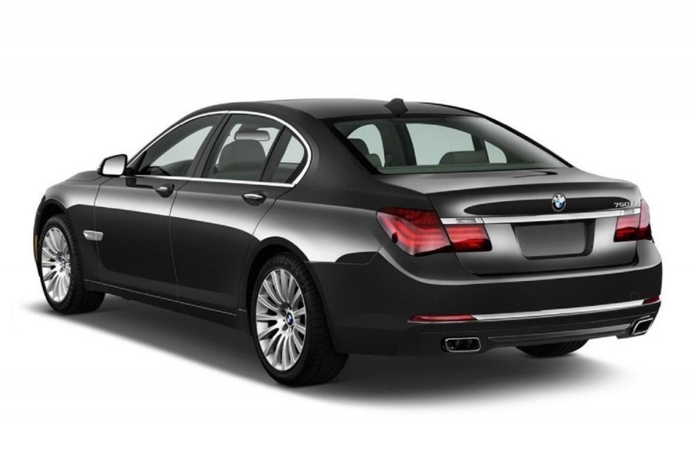 BMW 7 Limousine - Transfer Airport to/from Hotel