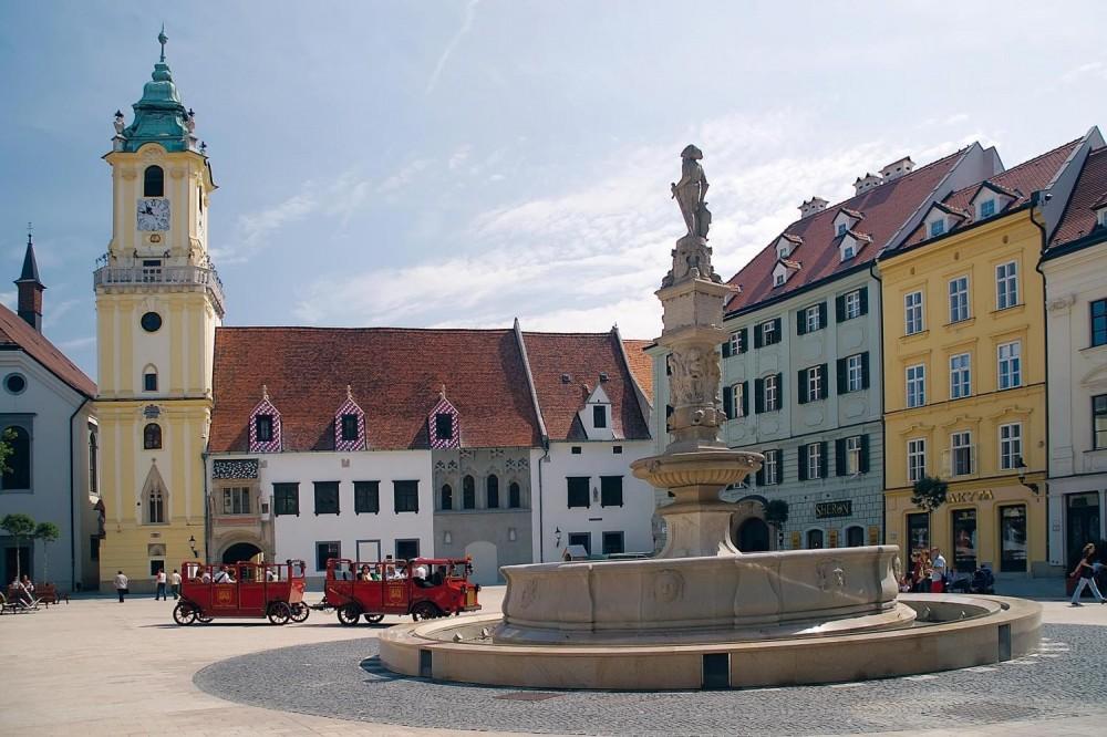 Classical Bratislava Walking Tour