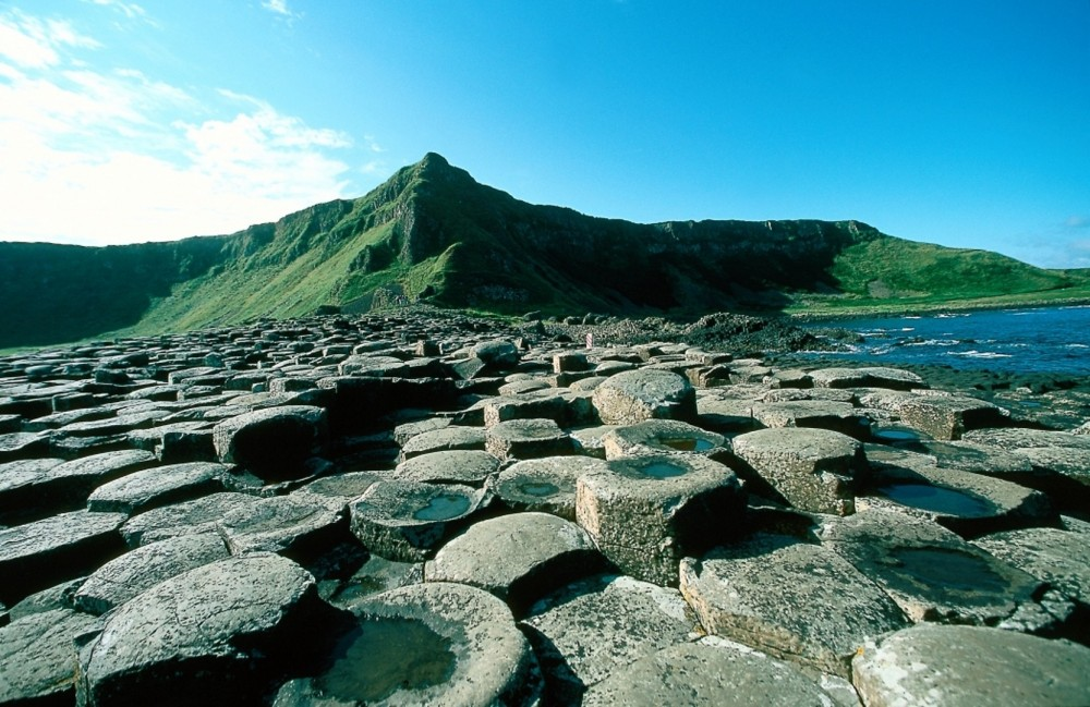 Giant's Causeway & Belfast City 1 Day Tour From Dublin