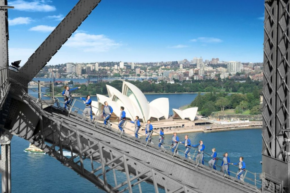 BridgeClimb Sydney at Dawn