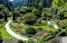 9:00 AM: Victoria & Butchart Gardens Tour from Vancouver