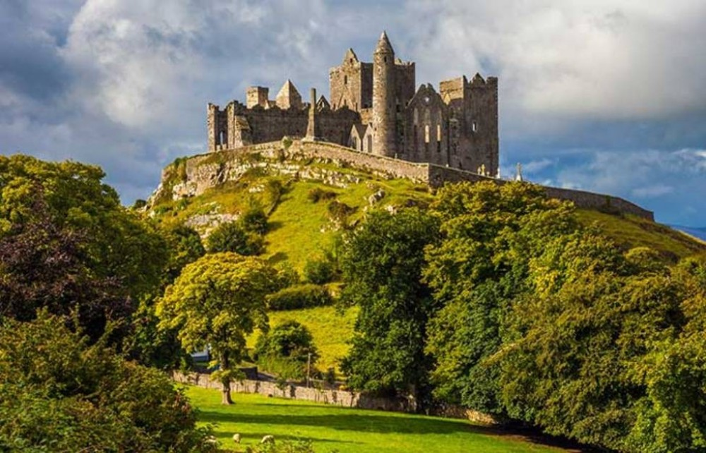 The Blarney Stone & Rock of Cashel - Small Group Tour