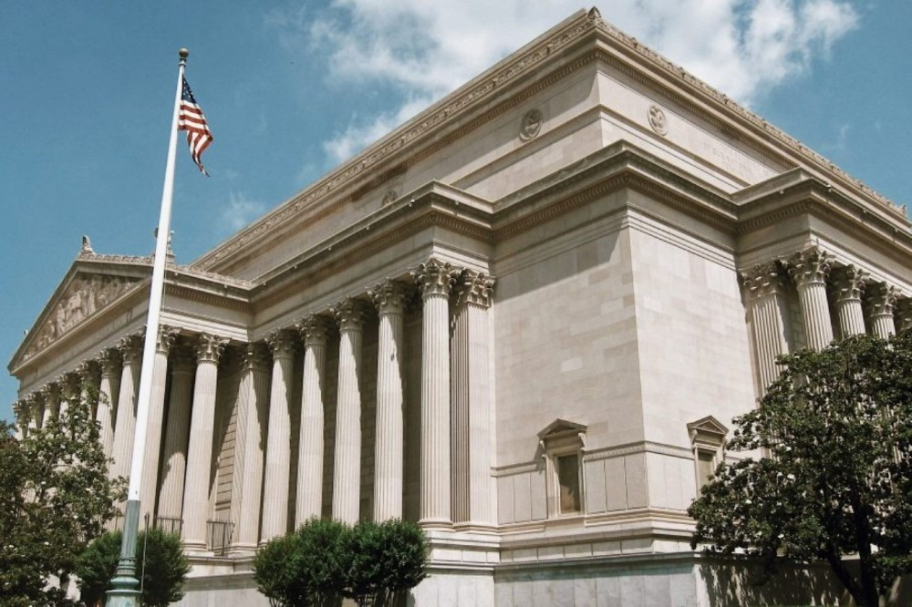 DC National Archives Building Private Tour