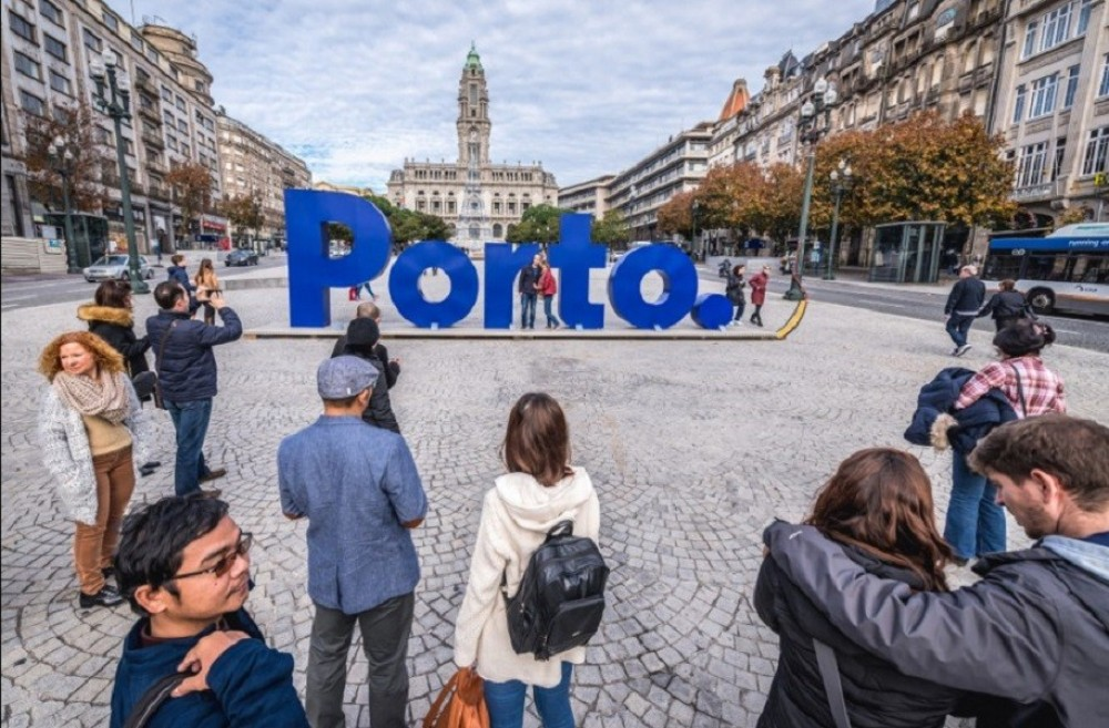 Private Porto City Full Day Tour + Boat Cruise
