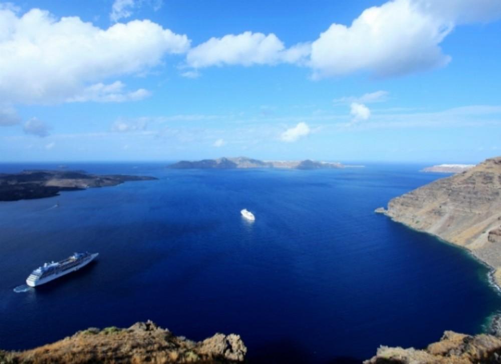 8D/7N Aegean Sea Island Hopping with Mykonos + Santorini