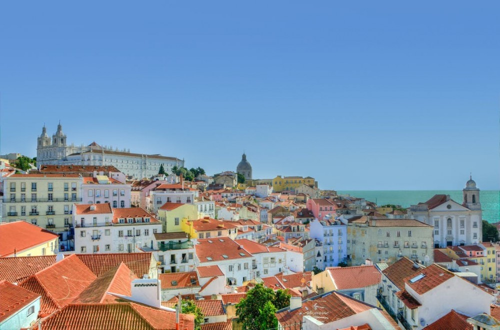 Private Transfer from Lisbon to Seville via Evora or Algarve