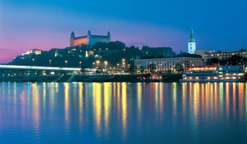 A picture of Advent-Cruise from Vienna to Bratislava & Budapest