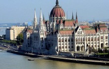 Parliament Visit with Drink & Cruise on the Danube
