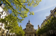 Paris Gourmet Food Tour in Saint-Germain-des-Pres