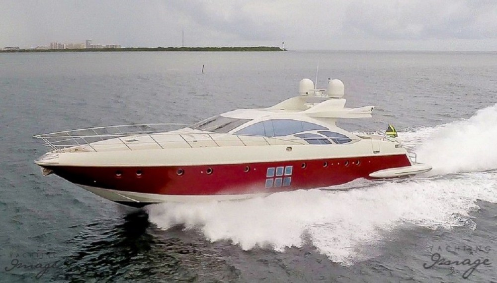 86 'Scarlet ' Feet Private Yacht Rental