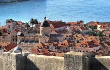 Combo Tour: Discover The Old Town & Walls and Wars