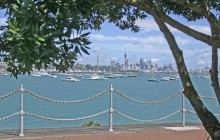 Auckland City Highlights Tour & Waiheke Island Wine Tour