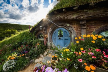 A picture of Waitomo, Rotorua & Hobbiton - Two Day Tour