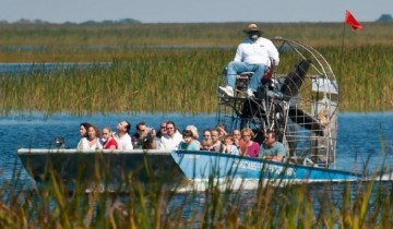 A picture of 2 Day Miami South Beach Sizzle with Airboat from Orlando