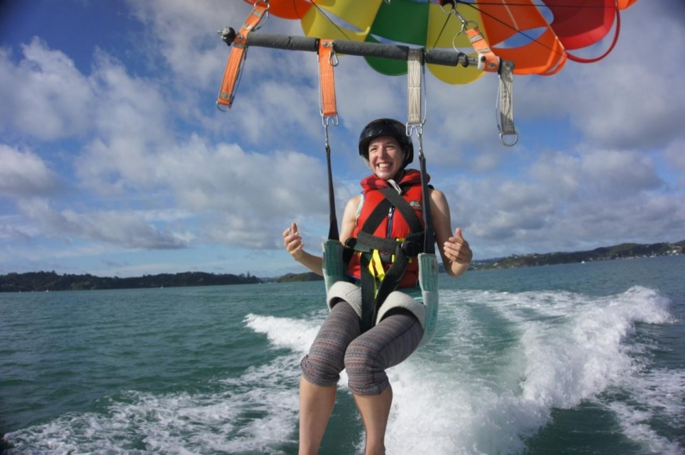 Parasailing Bay of Islands - Single Flight 1200 ft
