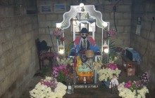 Maximón shrine