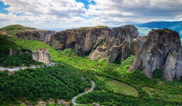 A picture of 3 Day Trip to Delphi & Meteora from Athens - Tourist-Class