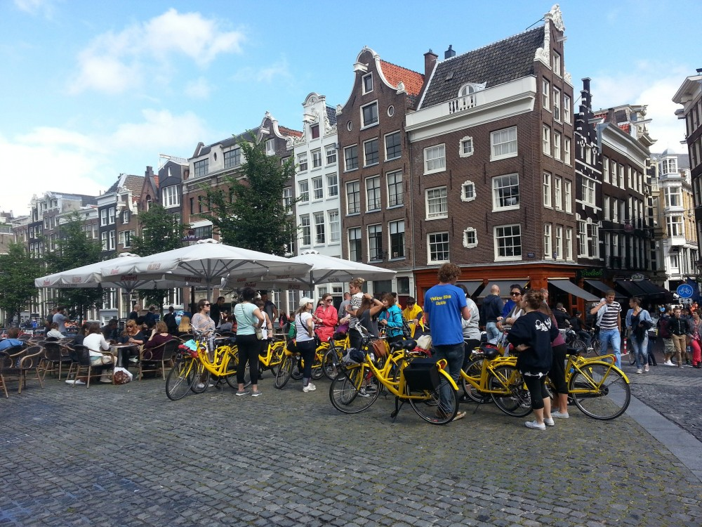 Small Group Amsterdam Bike Tour