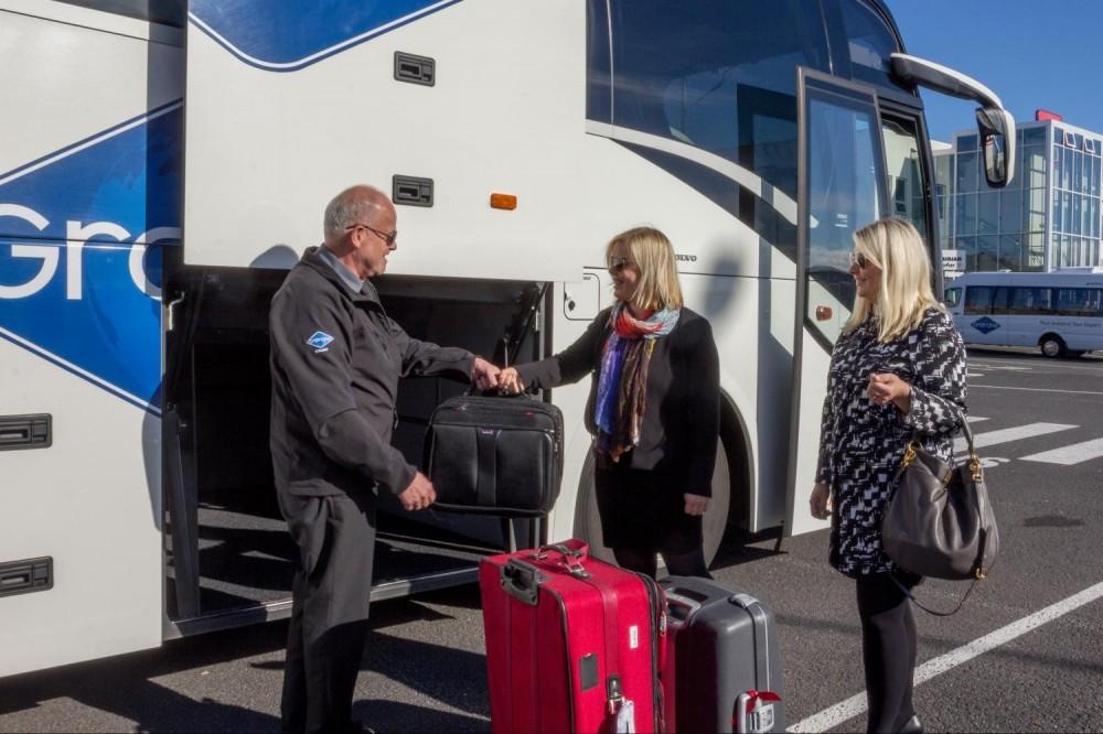 Keflavik Airport To Reykjavik Hotels Transfer