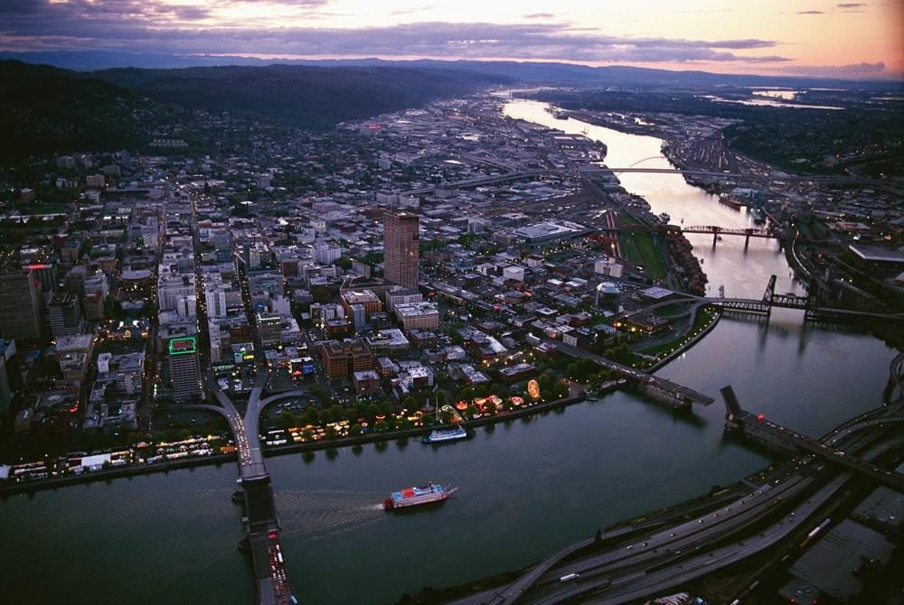 Explore Portland: Small Group City Tour