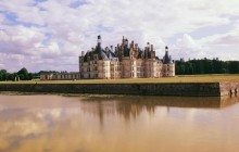 Small Group Tour of the Loire Valley Castles with Pickup