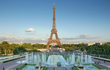 Small Group Paris City: Montmartre + Eiffel Tower + Cruise