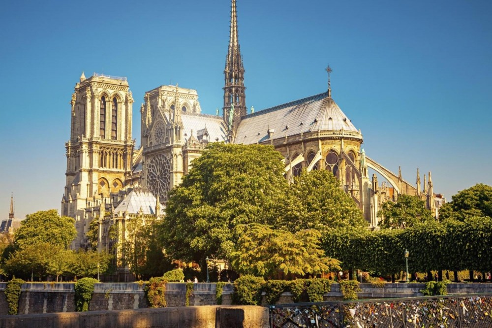 Private Guided Paris Tour + Lunch at Eiffel Tower (1-4pax)