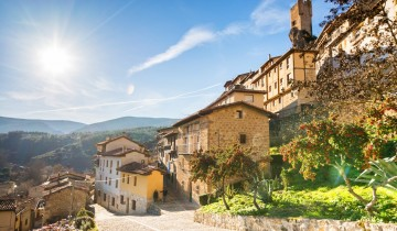 A picture of Mediterranean Moments & Pyrenean Charms - 13 Days