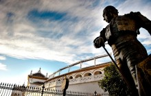 Artistic Seville with River Cruise + Bullring + Triana